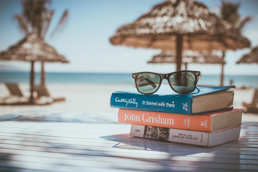 100 gode bøger til din sommerferie