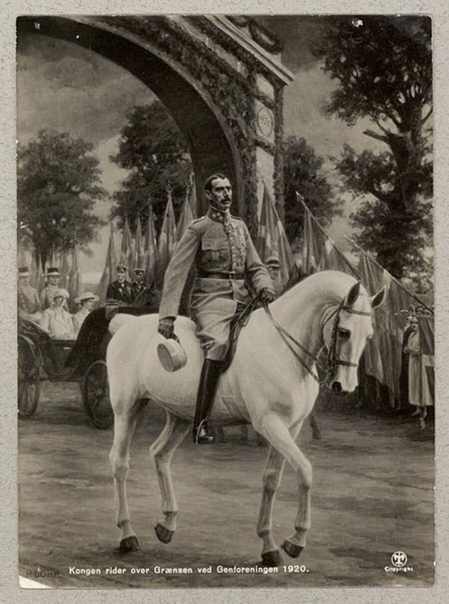 Kong Christian X rider over grænsen 1920 efter genforeningen. Fotografi af maleri af Heinrich Dohm.
