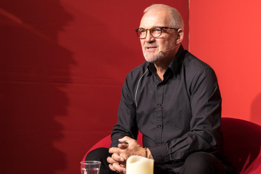 Preben Kristensen fortæller om både sin karriere og sit privatliv i bogen Husk at være glad. Foto: Colourbox.dk